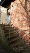KH Wardrobe steps